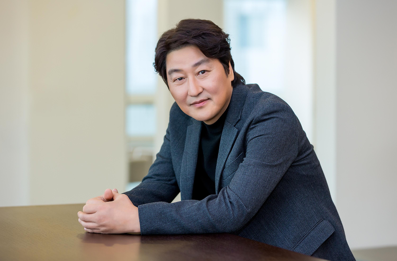 """[人스타] 송강호 """"여전히 배우는 외로운 직업이다"""""""
