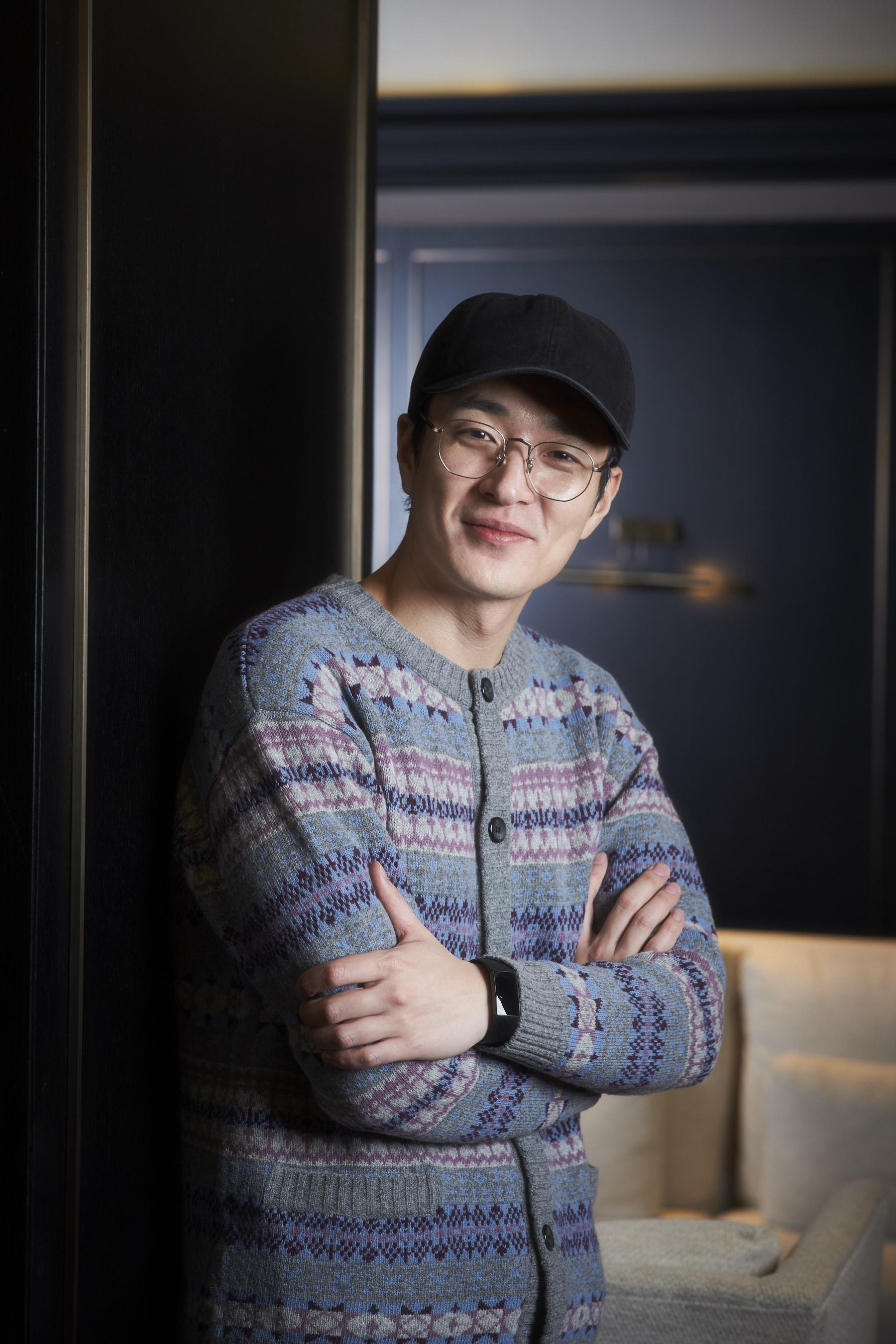 [人스타] 재기발랄한 웃음 가득한 영화로 돌아온 이병헌 감독
