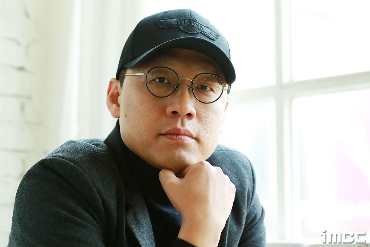 """[人스타] 김성훈 감독 """"가장 무섭고 냉정한 관객은 한국 관객이다"""""""