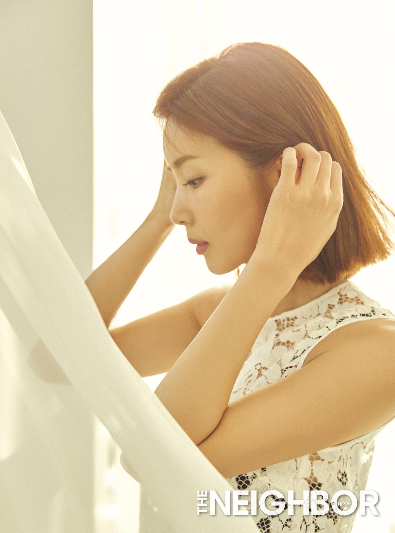 """박솔미 """"오늘을 살피는 라이프 스타일을 지향한다"""" 경쾌한 매력 화보 공개"""