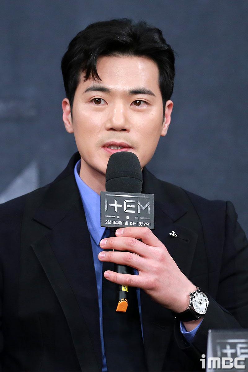 """'아이템' 김강우, """"세트는 좋지만 혼자 있어 외로워"""" 악역 변신 소감"""