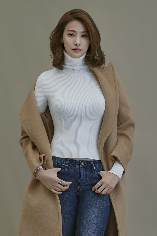 배우 유인영, MBC 신규 예능 '호구의 연애' 메인 MC 발탁!