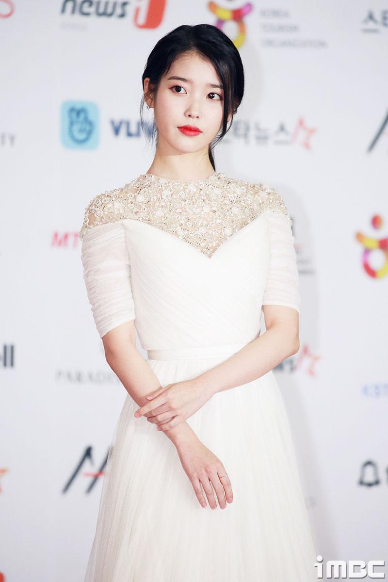 [HAPPY B하인드] 5월 16일 오늘의 아이돌은? '아이유'