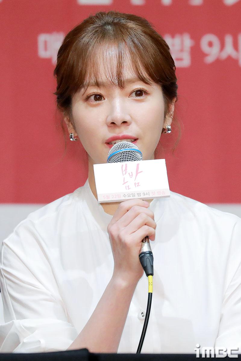 """'봄밤' 한지민, """"지금 내 나이에 할 수 있는 사랑이야기"""" 출연 이유 고백"""