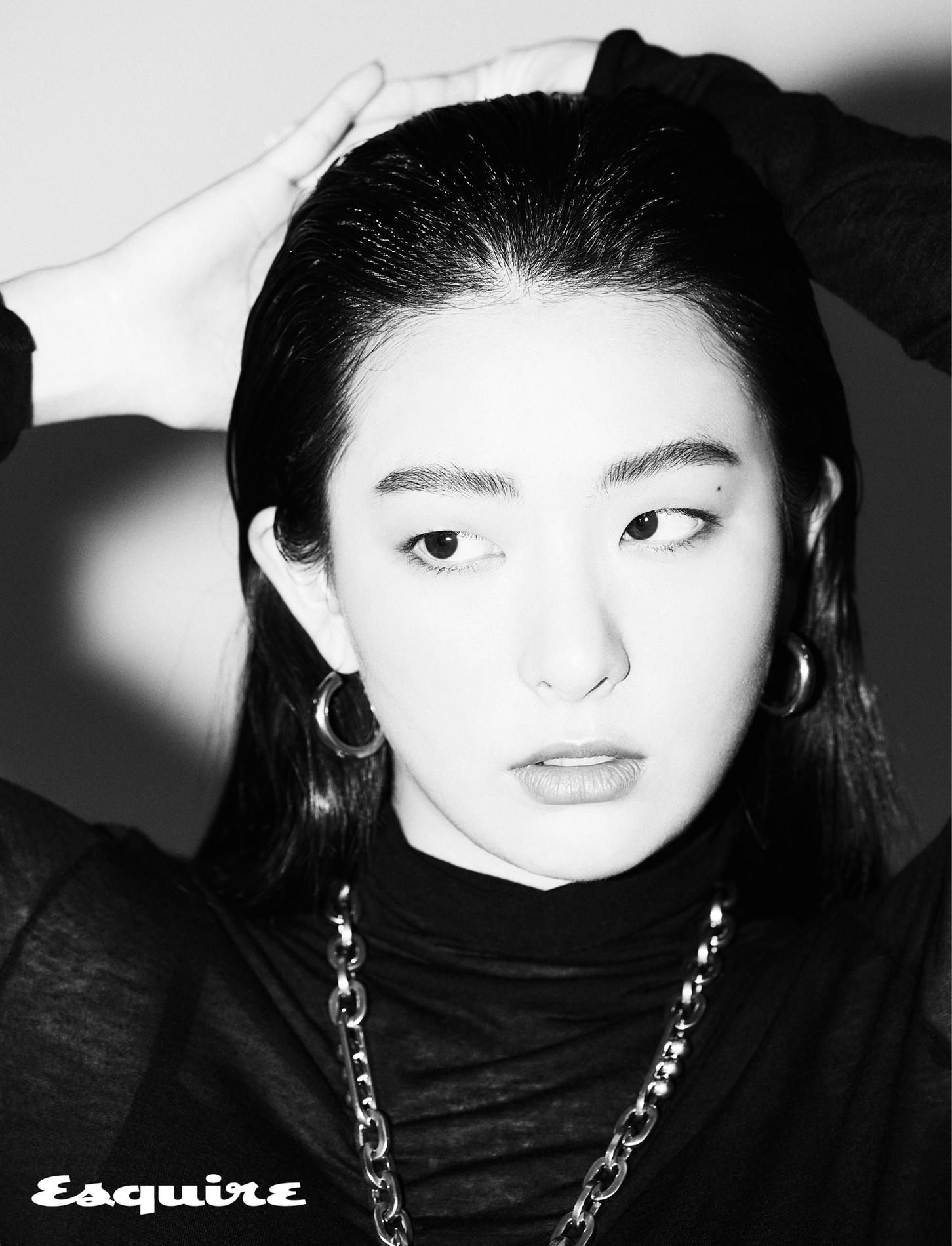 레드벨벳 슬기, 고혹적인 매력으로 분위기 압도