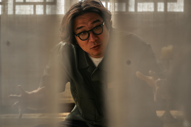 """'킹덤2' 박인제 감독 """"가성비 좋게 임팩트 있는 방법을 고민한 #액션 #연출 #나만의 강점"""""""