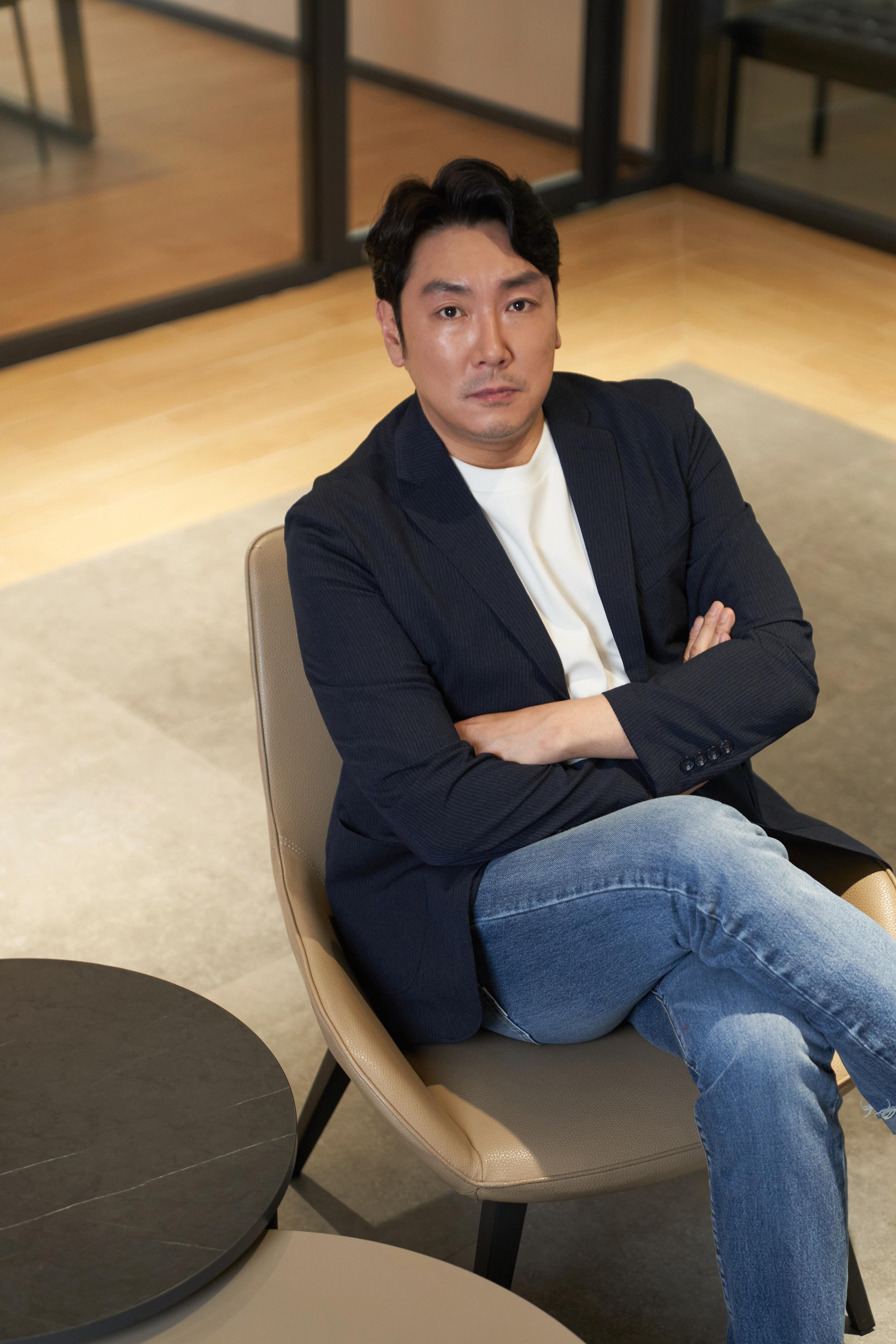 """[人스타] 조진웅 """"배우이자 감독 정진영, 내 인생의 롤모델"""""""