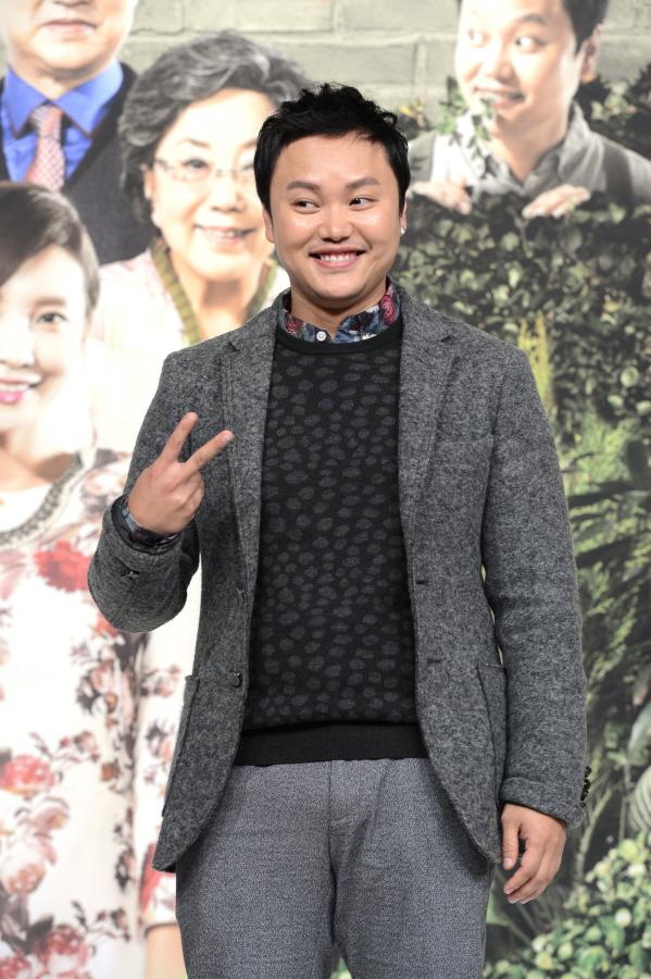 """김민교 강아지 사고→할머니 사망→""""부검 후 과실치사 검토"""" [종합]"""
