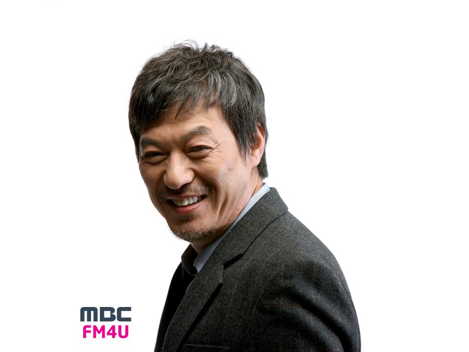 김갑수, 7년 만 라디오 나들이… 내일(9일) '골든디스크' 출연