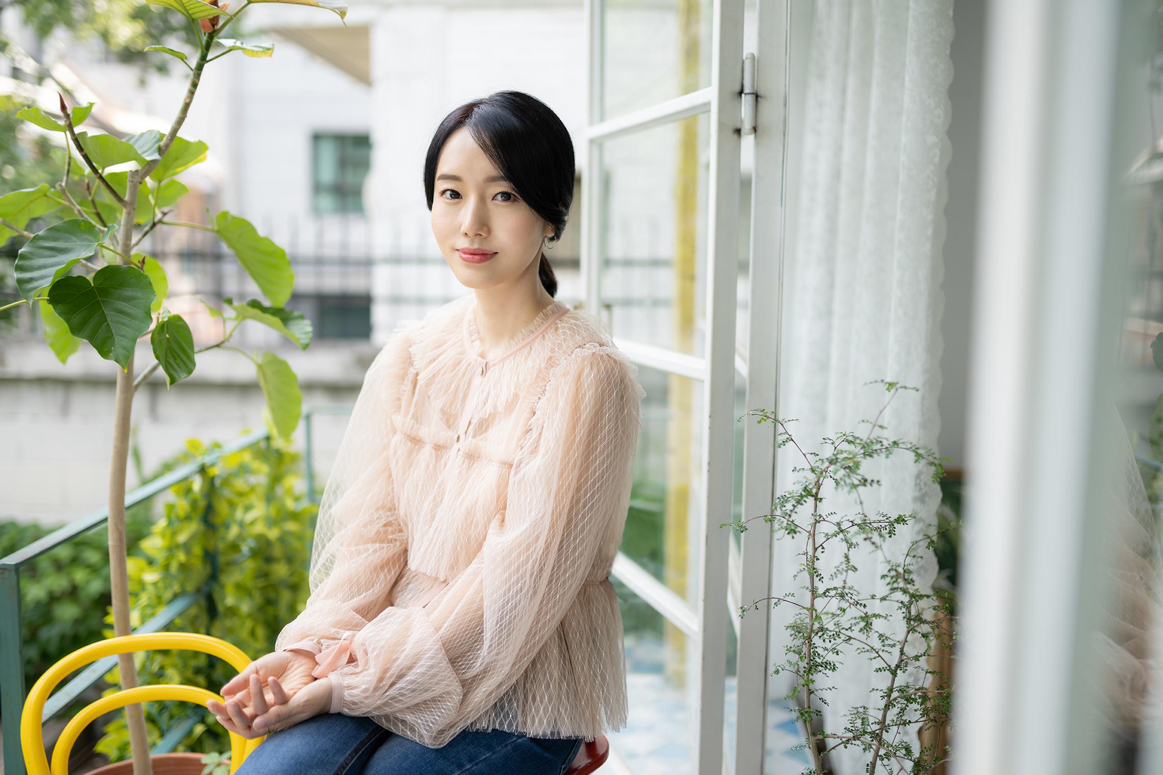 """이정현 """"강동원 연애도 안 하는 것 같고 영화만 생각해"""""""