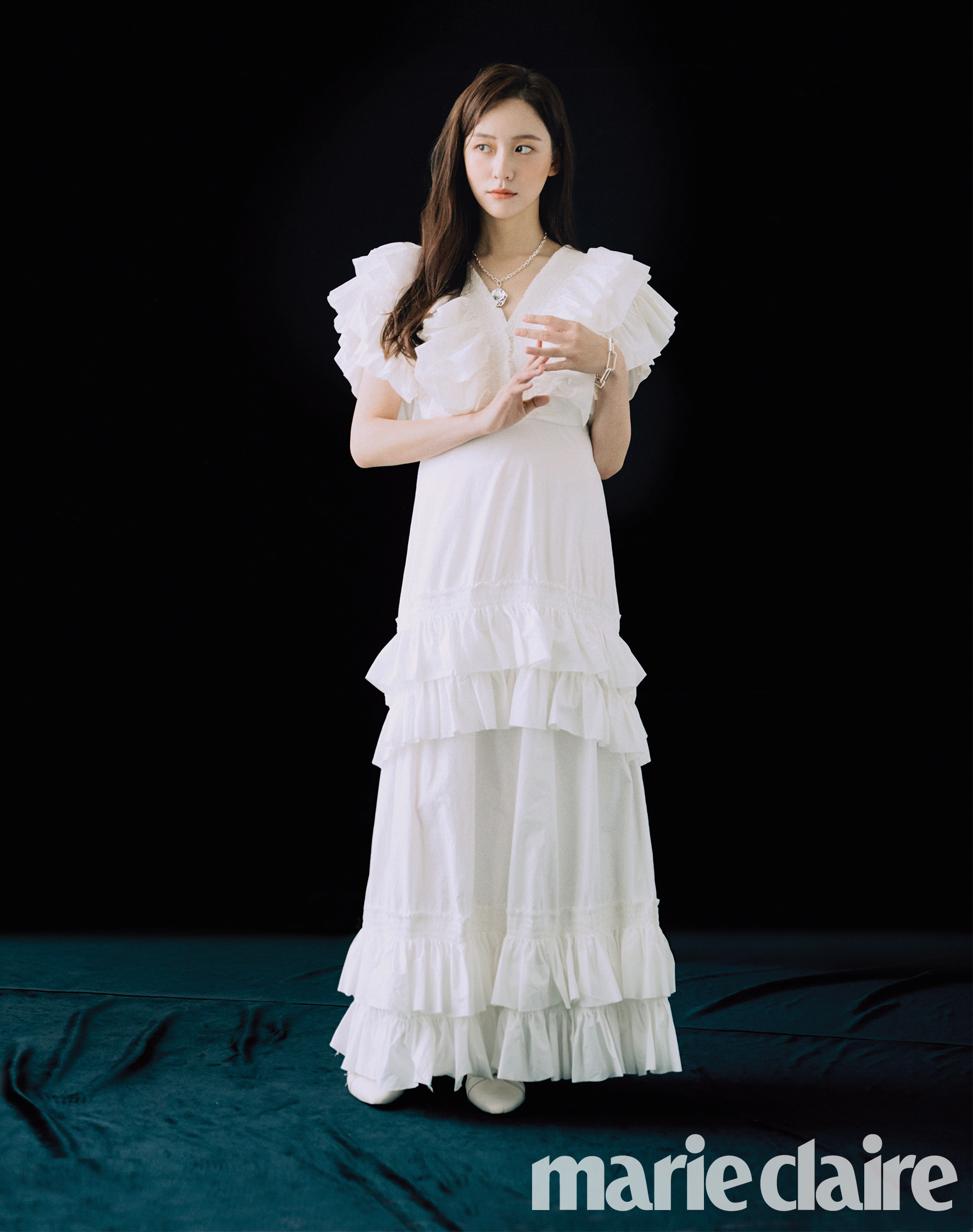 배우 박지현, 시선 압도하는 독보적 우아美 [화보]