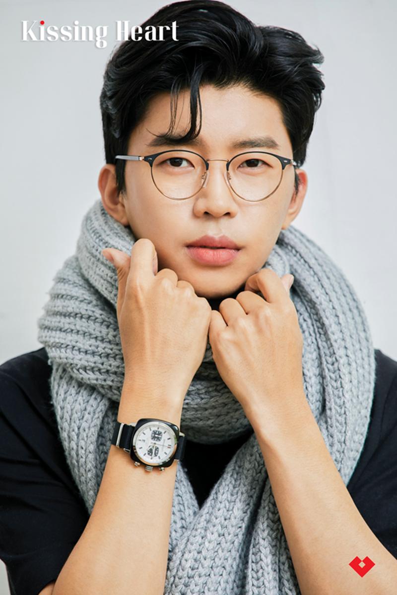 가수 임영웅, 안경 브랜드 광고까지 섭렵 [공식입장]