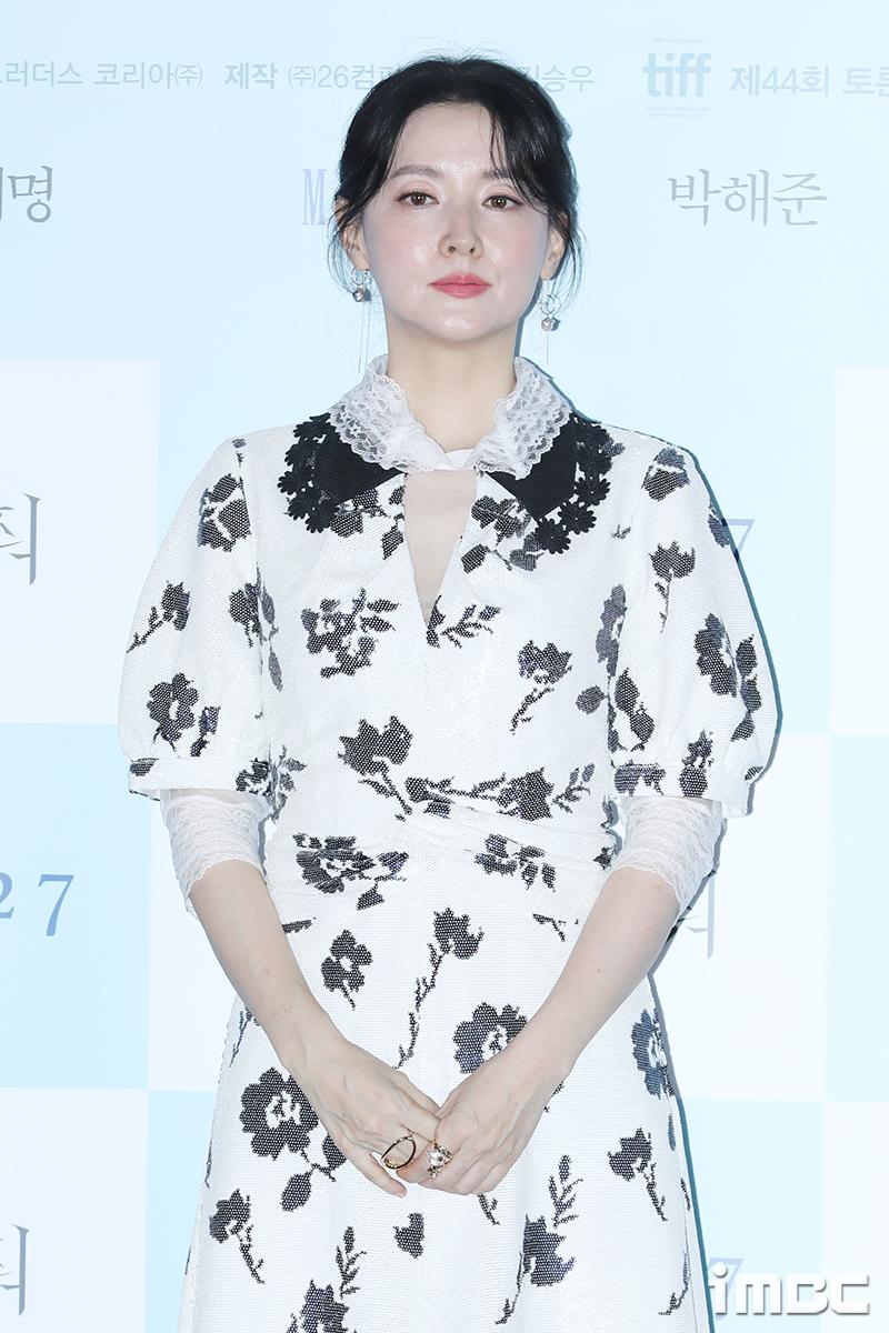 """이영애, 4년만 드라마 복귀할까 """"'경이로운 구경이' 제안"""" [공식입장]"""