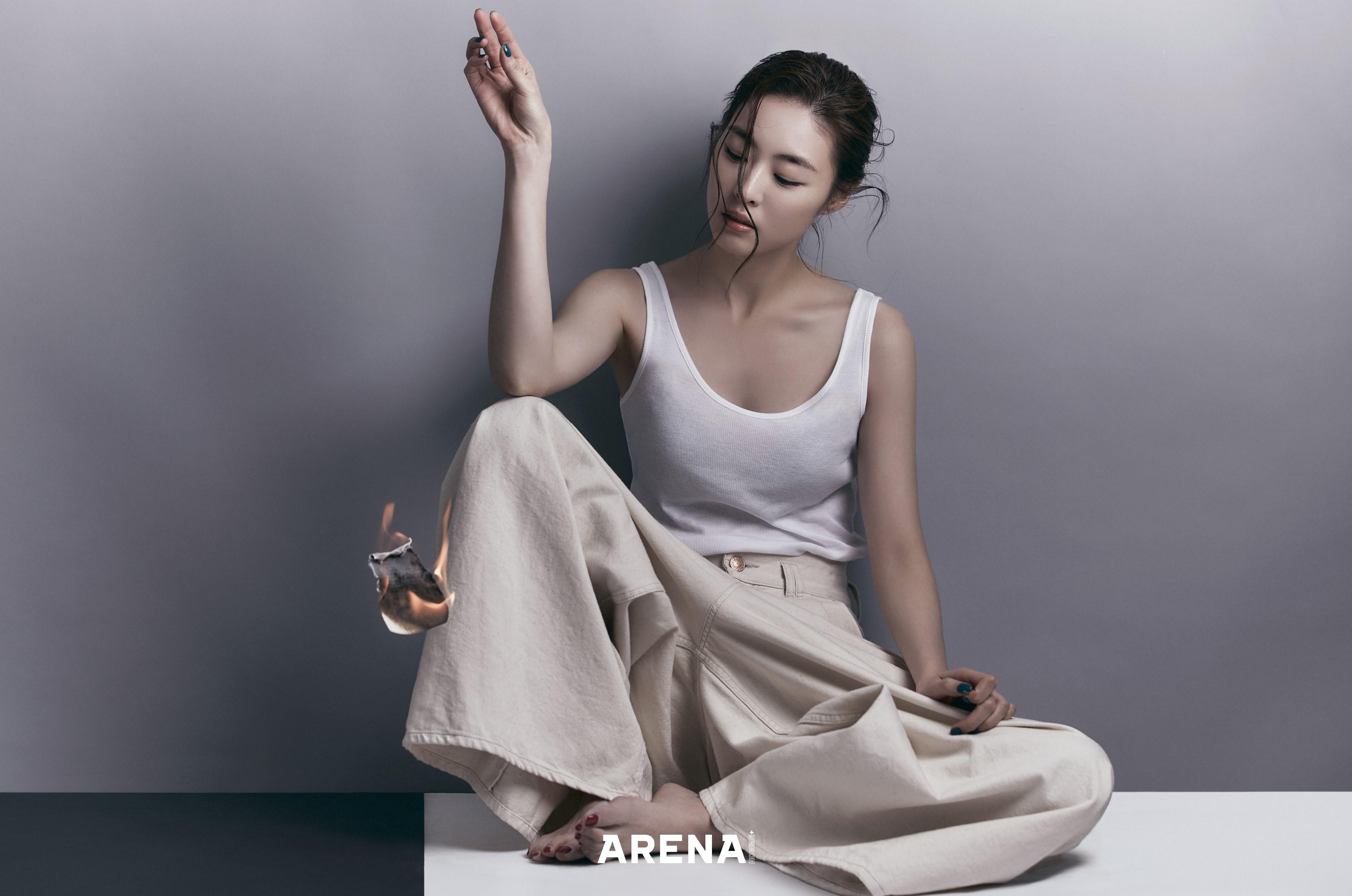 """이연희 """"새 소속사로 이적, 학교 졸업하는 기분이었다"""" (화보)"""